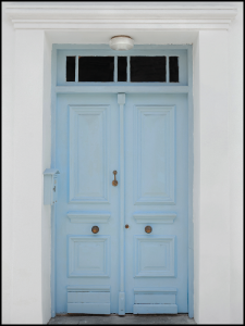 Plakat blue door in Spain